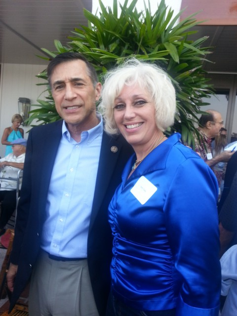 Picture with the Chair of the U.S. House of Representatives Oversight Committee Darrell Issa